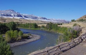 Yvi shoshone river view 1